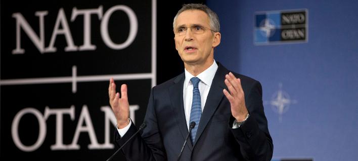 Στα Σκόπια ο γ.γ. του ΝΑΤΟ, Γενς Στόλτενμπεργκ -Θα συναντηθεί με τον Ζάεφ