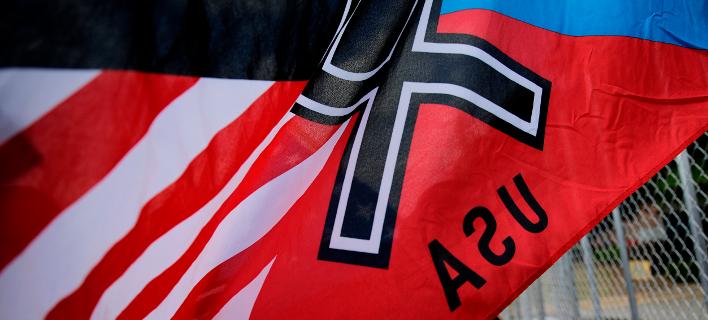 Σημαία νεοναζί στις ΗΠΑ/Φωτογραφία: AP