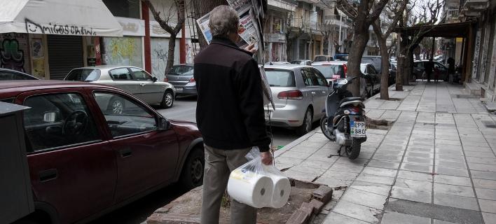 Υφεση περιμένουν και το 2018 οι περισσότεροι Ελληνες, σύμφωνα με έρευνα της Nielsen/ Φωτογραφία: Intimenews