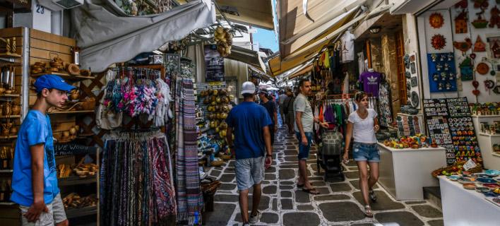 Αγορά στο νησί της Κω. Φωτογραφία: Eurokinissi /Αντώνης Νικολόπουλος