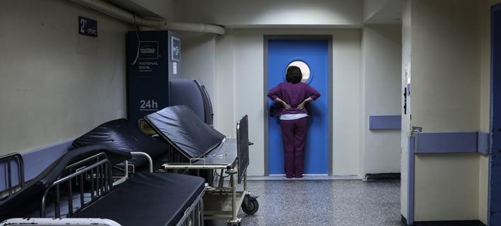 Διάδρομος σε δημόσιο νοσοκομείο / Φωτογραφία: Paleologos Nick / SOOC