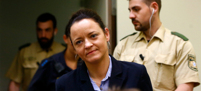 H η Μπεάτε Τσέπε είναι η μοναδική από το δολοφονικό τρίο της NSU, που κάθεται στο εδώλιο του κατηγορημένου (Φωτογραφία: ΑΡ)