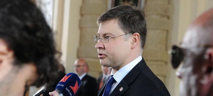 Ο αντιπρόεδρος της Κομισιόν, Βάλντις Ντομπρόβσκις/Φωτογραφία: AP