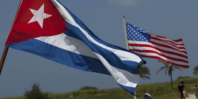 Ανοίγουν οι πρεσβείες ΗΠΑ και Κούβας στις πρωτεύουσες των δύο χωρών