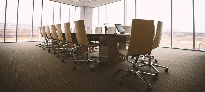 Μετακινούμενοι εργαζόμενοι σε γραφεία ή καναπέδες φωτογραφίες: pixabay.com