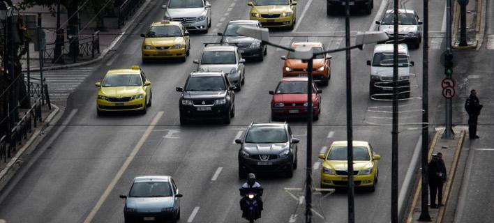 Στόχος είναι να εντοπιστούν τα ανασφάλιστα οχήματα (Φωτο: Eurokinissi)