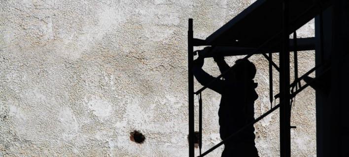 Την ελληνική γραφειοκρατία γνώρισε Γερμανός έχτιζε στην Κύμη (Φωτογραφία αρχείου: EUROKINISSI/ΘΑΝΑΣΗΣ ΚΑΛΛΙΑΡΑΣ)