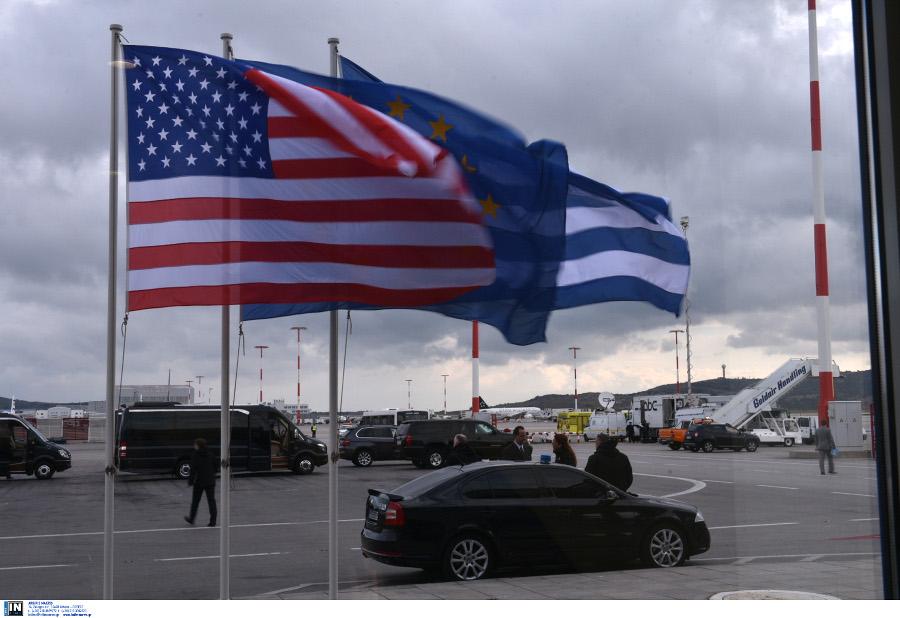 Έφτασε ο Μπαράκ Ομπάμα στην Αθήνα -Στις 13:30 στον Πρόεδρο της Δημοκρατίας[Video][Photos]