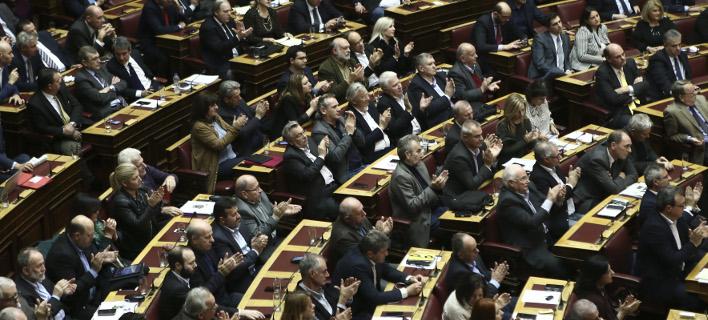 Η κυβέρνηση αναζητά διεύρυνση της πλειοψηφίας στο πολυνομοσχέδιο