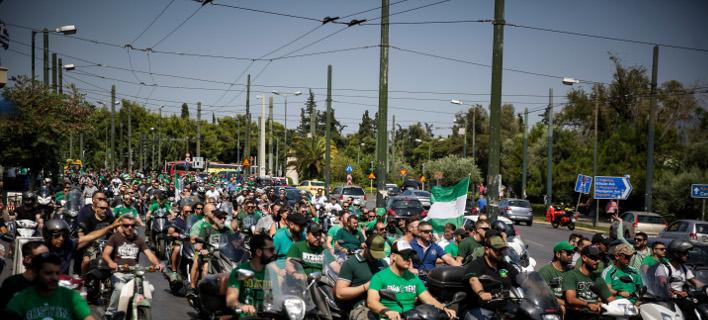 Επίθεση οπαδών του ΠΑΟ σε διμοιρία των ΜΑΤ (Φωτογραφία: ΣΤΕΛΙΟΣ ΜΙΣΙΝΑΣ / EUROKINISSI)