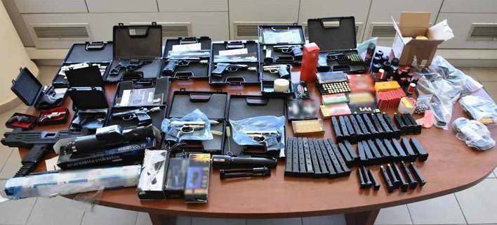 Εξαρθρώθηκε εγκληματική ομάδα εμπορίας όπλων (Φωτογραφία: ΕΛ.ΑΣ.)
