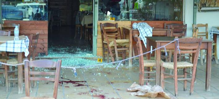 Μεσσηνία: 2 άντρες πυροβόλησαν με κυνηγετικά όπλα σε καφενείο -5 τραυματίες [εικόνα]
