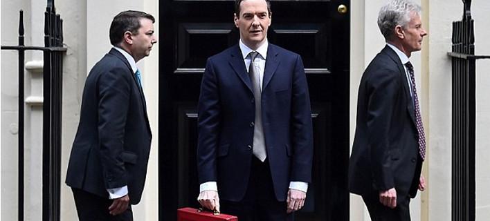Ο νέος σταρ υπουργός της ΕΕ μετά τον Βαρουφάκη -Αδυνάτισε, γυμνάστηκε, άλλαξε κούρεμα, ντύθηκε μοδάτα και έκανε τις γυναίκες να παραληρούν [εικόνες]