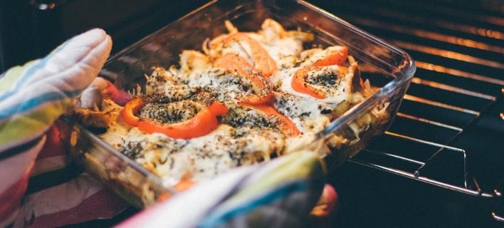 Φαγητό στον φούρνο, Φωτογραφία: Pexels/stock.tookapic.com