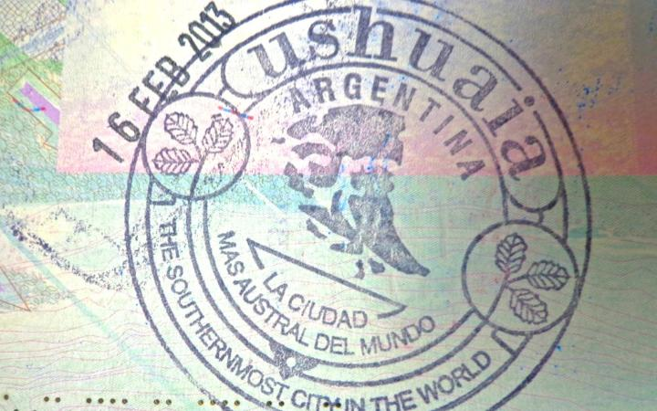 Οι 15 εντυπωσιακότερες σφραγίδες διαβατηρίων στον κόσμο!Σε αυτά τα μέρη πρέπει να πας!!!(photos)