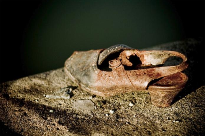 Τα παπούτσια του Δούναβη – Το πιο συγκινητικό μνημείο στην μνήμη όσων έχασαν τη ζωή τους από τους Ναζί [εικόνες]