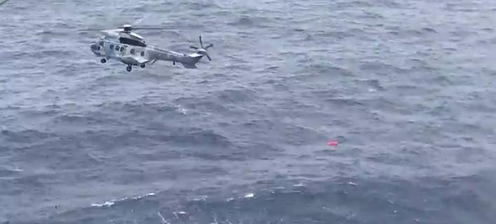 Αποτέλεσμα εικόνας για διαδικασία διάσωσης του πιλότου του Mirage που έπεσε νότια των Σποράδων.