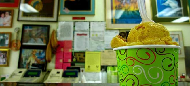Το πιο παράξενο παγωτατζίδικο του κόσμου: Σερβίρει παγωτό με γεύση ψάρι τηγανιτό
