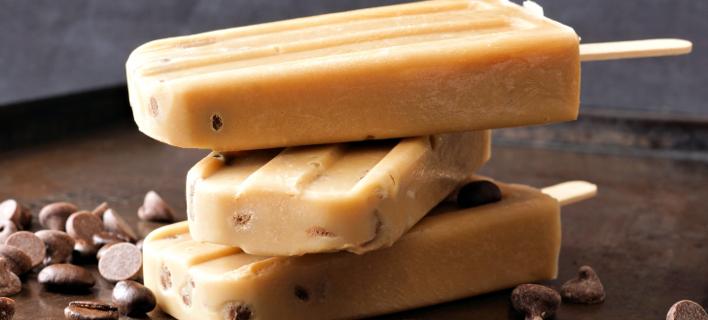 Η πανεύκολη συνταγή της Vogue για παγωτό με γεύση espresso