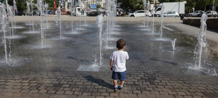 Εως τις 20 Ιουλίου οι αιτήσεις για την τρίτη δόση του επιδόματος παιδιού (Φωτογραφία: EUROKINISSI/ ΓΙΑΝΝΗΣ ΠΑΝΑΓΟΠΟΥΛΟΣ)