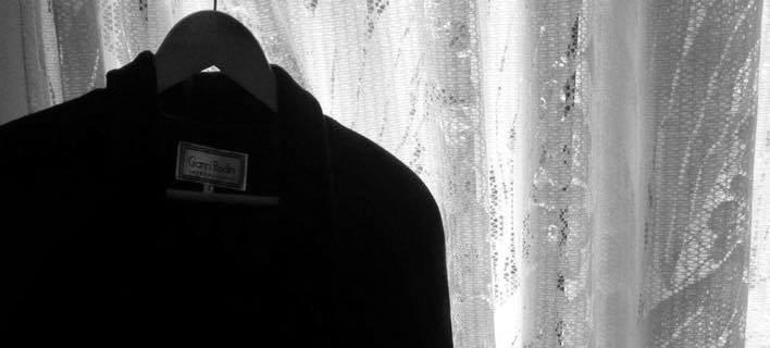 Η συγκλονιστική ιστορία ενός παλτό που δόθηκε σε αστέγους συγκίνησε ... df1ec192149