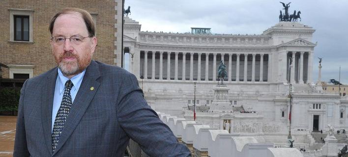 Οργισμένη επιστολή πανεπιστημιακών κατά Γκάλμπρεϊθ για το σχέδιο Βαρουφάκη: «Υπάρχουν και όρια»
