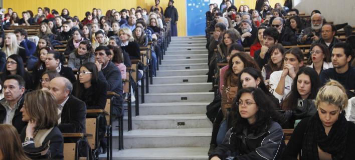Πανελλαδικές εξετάσεις 2018: 2.000 περισσότεροι εισακτέοι σε ΑΕΙ και ΤΕΙ -Σε ποιες σχολές