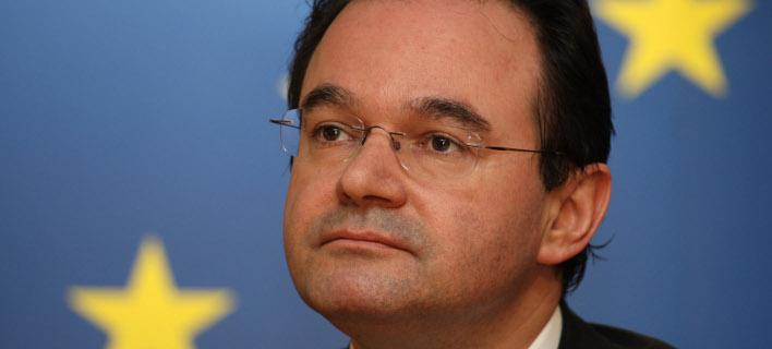 Η γερμανική εφημερίδα χαρακτηρίζει το βιβλίο του πρώην υπουργού «πολιτικό θρίλερ» (Φωτογραφία: ΑP)