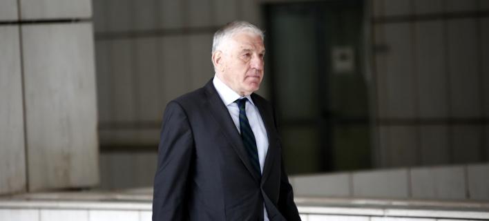 Ο Γιάννος Παπαντωνίου το 2015 προσερχόμενος στη δίκη για τα εξοπλιστικά το 2015-Φωτογραφία: Eurokinissi/Στέλιος Μίσινας
