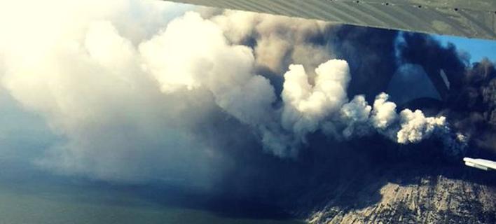 Το ηφαίστειο «ξύπνησε» ξαφνικά (Φωτογραφία: Twitter)