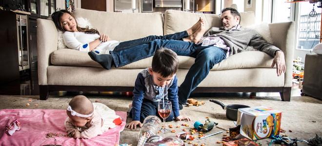 Η ζωή μετά το γάμο -Κουράζει, νυστάζει, απαυδεί: Μια φωτογράφος το καταγράφει κυριολεκτικά [εικόνες]