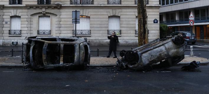 Εικόνες καταστροφής στο Παρίσι/ Φωτογραφία: AP- Thibault Camus