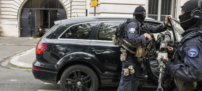 Η αντιτρομοκρατική ερευνά την υπόθεση (Φωτογραφία αρχείου: AP/ Laurent Cipriani)