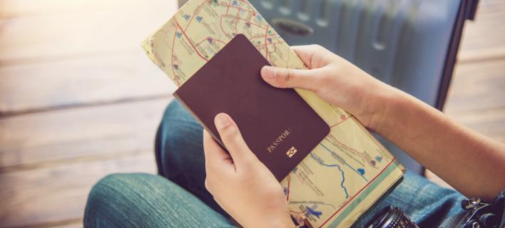 Βίζα για δύο χρόνια θα παίρνουν πλέον οι Ελληνες που ταξιδεύουν στις ΗΠΑ [βίντεο]