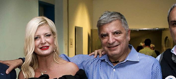 Ο Γ. Πατούλης με την σύζυγό του στις εκλογές του ΙΣΑ -Φωτογραφία: EUROKINISSI/ΠΑΝΑΓΙΩΤΗΣ ΣΤΟΛΗΣ
