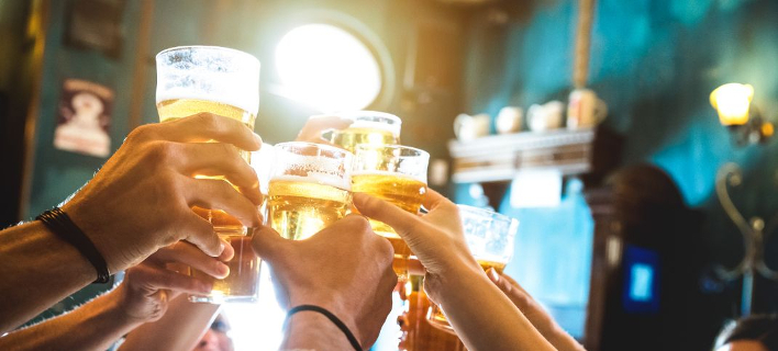 Pubs της Αθήνας σας περιμένουν για άφθονη μπύρα/ Φωτογραφία: Shutterstock