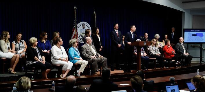 Ενημέρωση στην Πενσυλβάνια για την σεξουαλική κακοποίηση/ Φωτογραφία AP images