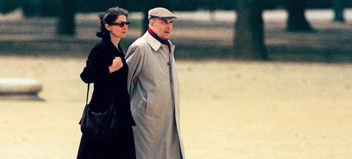 Η ερωμένη του Φρανσουά Μιτεράν εξομολογείται: H υποταγή με έκανε να αποδεχθώ το απαράδεκτο [εικόνες]