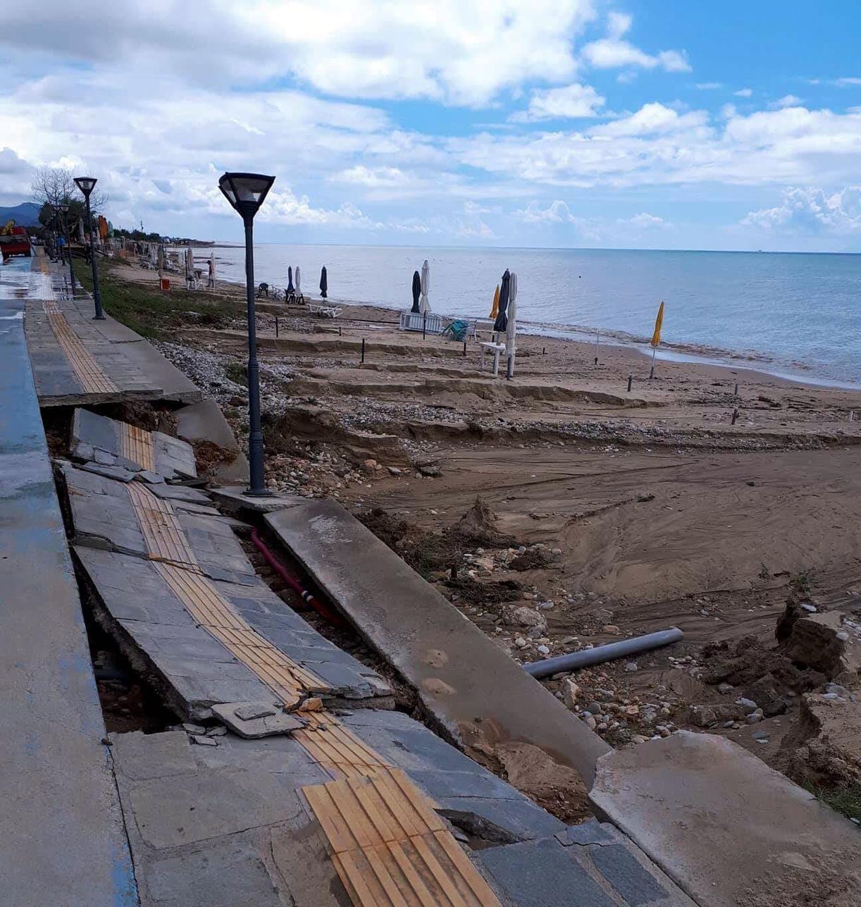 Παραλία Περάμου /Φωτογραφία: Kavalapost