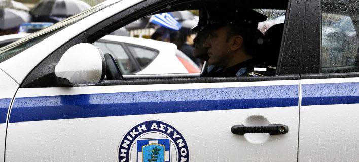 Συνελήφθη η 43χρονη που είχε αποδράσει σπάζοντας το ηλεκτρονικό βραχιόλι.  Φωτογραφία  Eurokinissi Στέλιος Μισίνας 1d1c88fd712