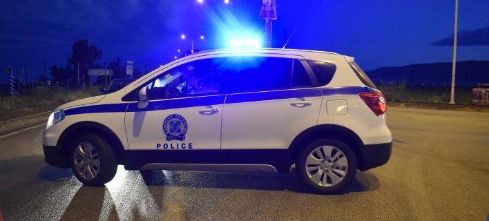 Η αστυνομία αναζητά τον δράστη (Φωτογραφία αρχείου: EUROKINISSI/ ΒΑΣΙΛΗΣ ΠΑΠΑΔΟΠΟΥΛΟΣ)