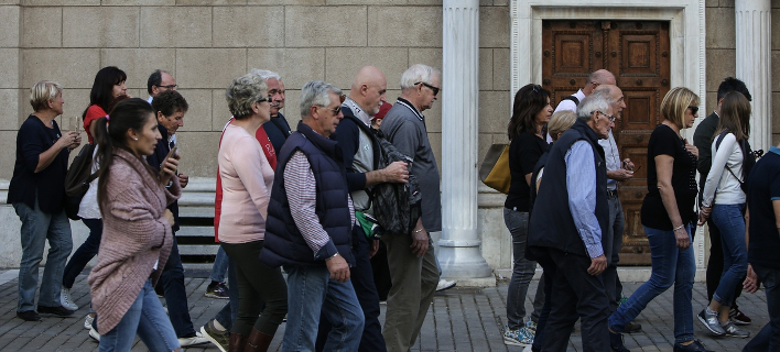 Τι πιστεύουν οι Ελληνες για τις ΜΚΟ/ Φωτογραφία: SOOC- George Vitsaras