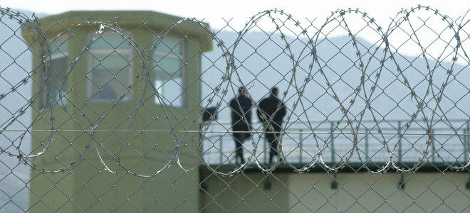Σωφρονιστικοί υπάλληλοι: Συμμορίες Γεωργιανών και Αλβανών λυμαίνονται τις ελληνικές φυλακές