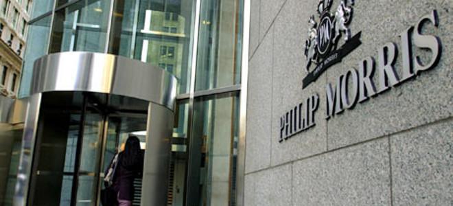 Συμφωνία μαμούθ: Η Philip Morris αγοράζει το 50% των ελληνικών καπνών για τρία χ