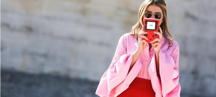 Το ροζ ταιριάζει σε όλες: Πώς να το φορέσεις για να μη μοιάζεις με barbie -5 τρόποι [εικόνες]