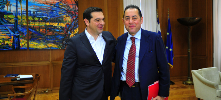 (o επικεφαλής της ευρωομάδας των Σοσιαλιστών και Δημοκρατικών, Τζιάνι Πιτέλα, κατά την πρόσφατη επίσκεψη του στην χώρα μας, Αντώνης Νικολόπουλος/Eurokinissi)