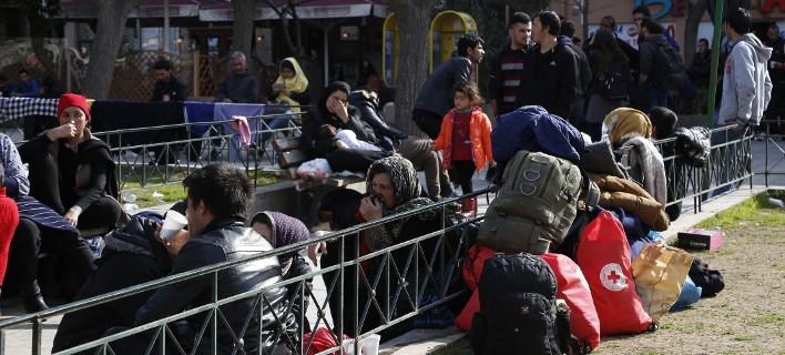 Μπλακ άουτ & στην Αθήνα με τους πρόσφυγες-Δεν φεύγουν πούλμαν για Ειδομένη