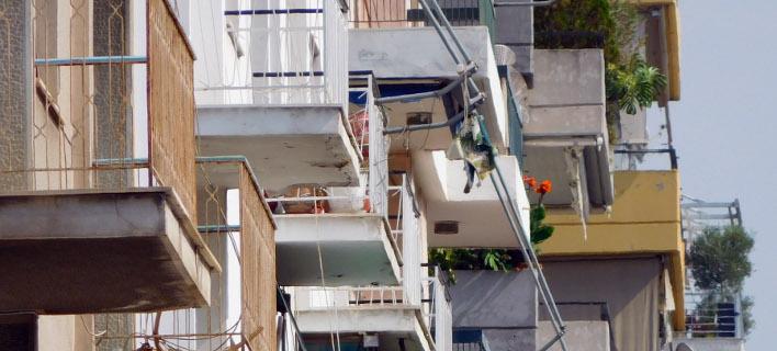 Στο «σφυρί» η πρώτη κατοικία συνταξιούχου: Μου κατάσχουν το σπίτι για 15.000 ευρώ