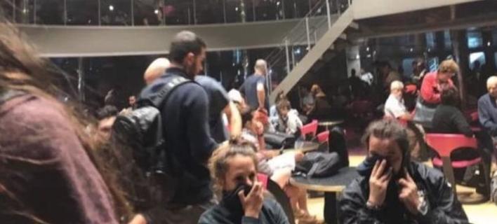 Συγκλονίζουν οι μαρτυρίες επιβατών του «Ελ. Βενιζέλος»: Υπήρχαν παντού καπνοί, ακούγονταν κλάματα και φωνές