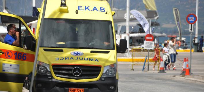 Ασθενοφόρο (Φωτογραφία αρχείου: Eurokinissi-ΠΑΠΑΔΟΠΟΥΛΟΣ ΒΑΣΙΛΗΣ)